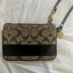 Coach logoed wristlet - brown/tan